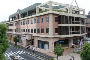 中川駅上の建物介護老人施設