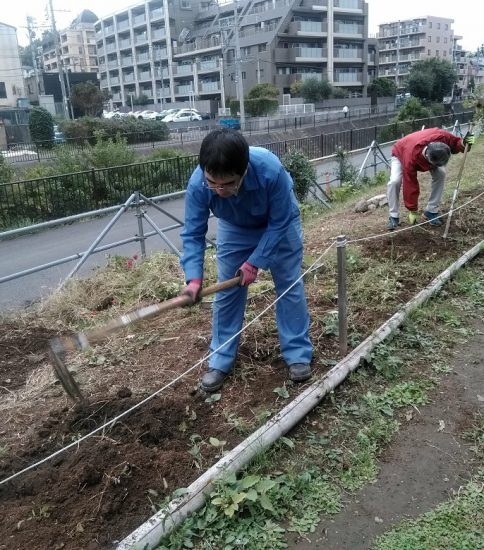 【HRG】2019年10月16日(水)春花の種まき準備