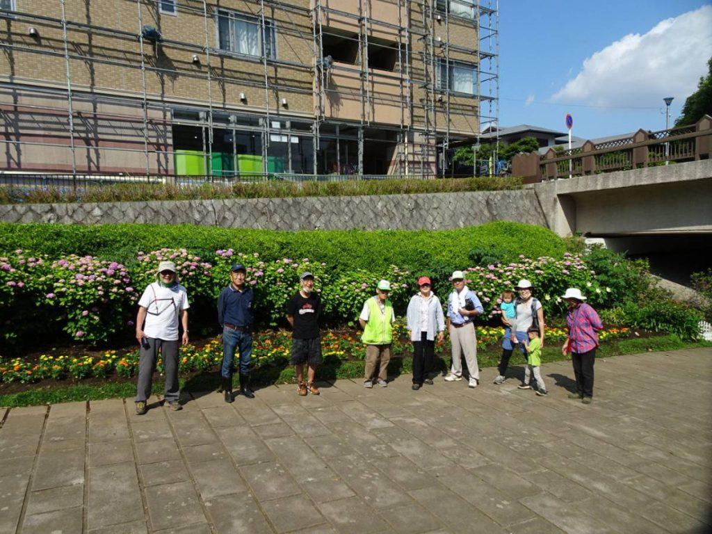 2020年6月応援団が参加し花植え完了
